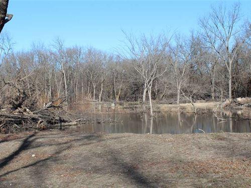 43 Acres With a Marsh, Whitetail : Erie : Neosho County : Kansas