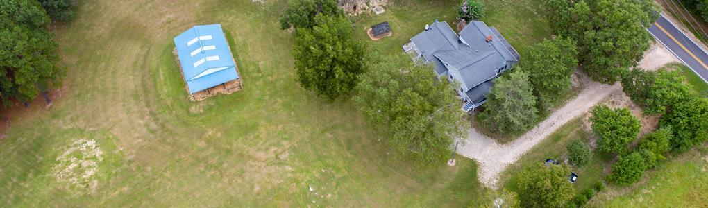 Gorgeous Farmhouse on 10 Acres : Louisburg : Franklin County : North Carolina