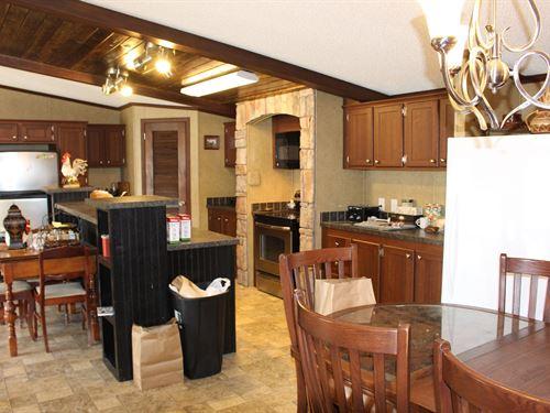 Country Home 17.6 Acres Lake Ozarks : Edwards : Camden County : Missouri