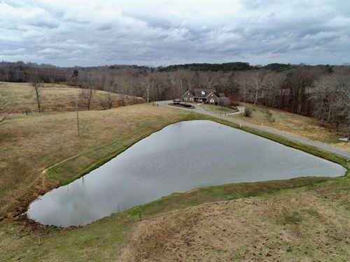 45+/- Acres With Beautiful Home : Cullman : Alabama