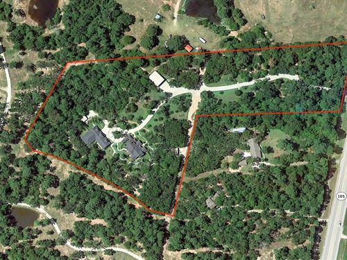 9 Acres, 2 Homes For Auction : Navasota : Grimes County : Texas