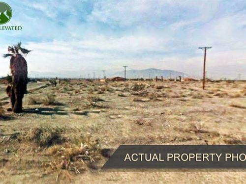 Lot Near Salton Sea, 0.21 Acres : Salton City : Imperial County : California