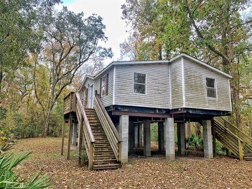 Suwannee River Waterfront Home Live : Live Oak : Suwannee County : Florida
