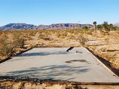 Gorgeous, Power, Cabin Pad, $285/Mo : Twentynine Palms : San Bernardino County : California