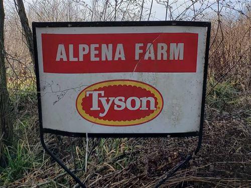 Alpena, AR Poultry Farm : Alpena : Boone County : Arkansas