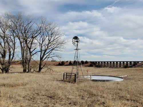 Wallace NE Pastures : Wallace : Lincoln County : Nebraska