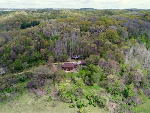 Beautiful Off The Grid Home : Hillpoint : Sauk County : Wisconsin