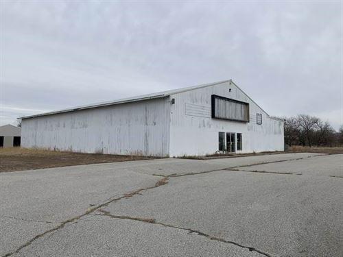 Commercial Building State Hwy 54 : El Dorado Springs : Cedar County : Missouri