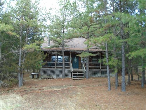 Secluded Log Cabin In Missouri : Lesterville : Reynolds County : Missouri