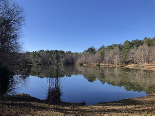 Beautiful Farm With Lake : Alexander City : Tallapoosa County : Alabama