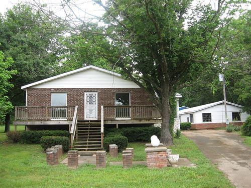 2-Br, 1-Ba On 9 Acres, Creek : Fredericktown : Madison County : Missouri