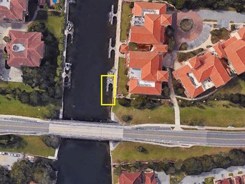 Prime Boat Slip at Bella Harbor : Palm Coast : Flagler County : Florida