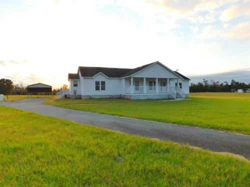 Beautiful Home on 10+Ac 779059 : Chiefland : Levy County : Florida