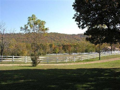 Ozark Ranch 330 : Lead Hill : Marion County : Arkansas