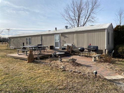 5 Acres & 2 Bedroom Home Cameron MO : Cameron : Dekalb County : Missouri