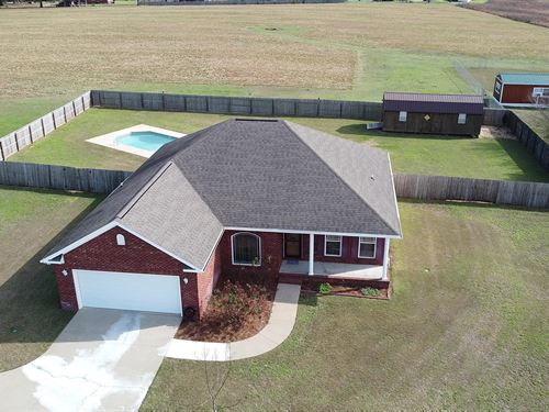 Country Home, Pool & Workshop : Chancellor : Coffee County : Alabama