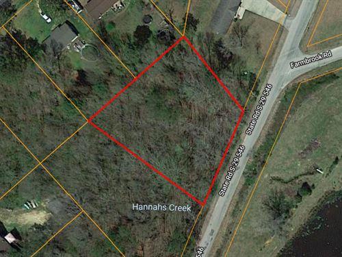 Beautiful Forest Home 0.75 Acres : Lancaster : South Carolina