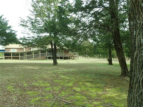 Country Home/Investment Opportunity : Quinlan : Kaufman County : Texas