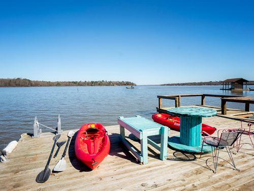 Waterfront Home Lake Bob Sandlin : Scroggins : Franklin County : Texas