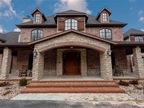 Luxury Estate on 5+ Acres N of Bra : Saddlebrooke : Taney County : Missouri