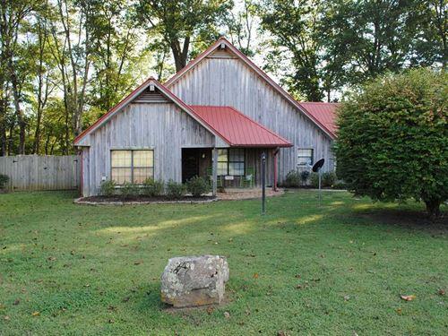 Little Red Riverfront Home, 305 RI : Pangburn : Cleburne County : Arkansas