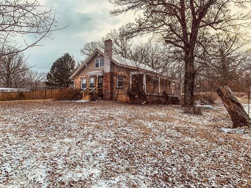 Rock Home in Country Setting : Salem : Dent County : Missouri