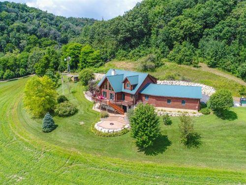 Gentlemans Lodge Hunting Land : Stoddard : Vernon County : Wisconsin
