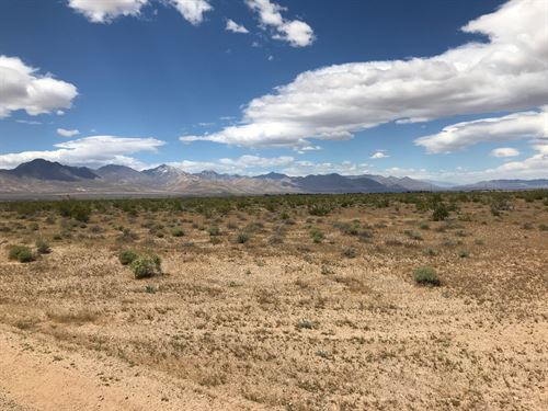 1.96 Acre Kern County : Inyo : Kern County : California