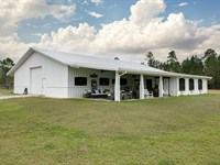 Beautiful Ranch Home on 15 Acres : Jacksonville : Duval County : Florida