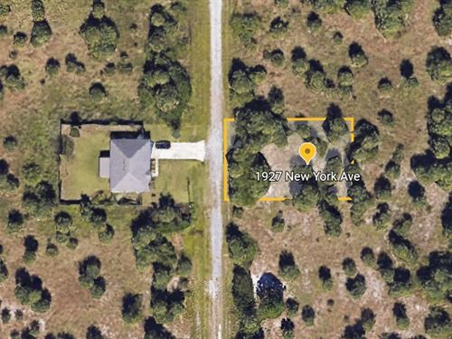 Palm Bay Lot Awaits Your Vision : Palm Bay : Brevard County : Florida