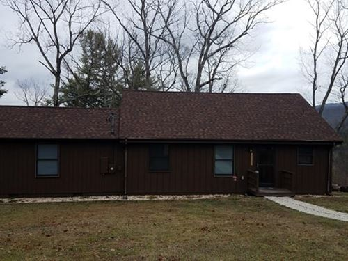 3 Bedroom, 2 Bath Home, Loft 5 : Augusta : Hampshire County : West Virginia