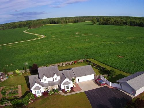 Fields, Woods & Great Home : Hillman : Presque Isle County : Michigan