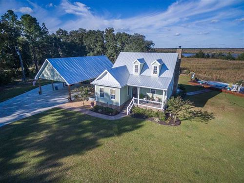 Riverfront Home on 15 Acres For Sa : Woodbine : Camden County : Georgia