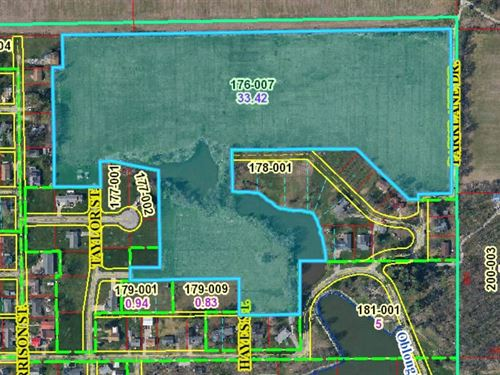 33.09 Acres Park Meadow : Oblong : Crawford County : Illinois