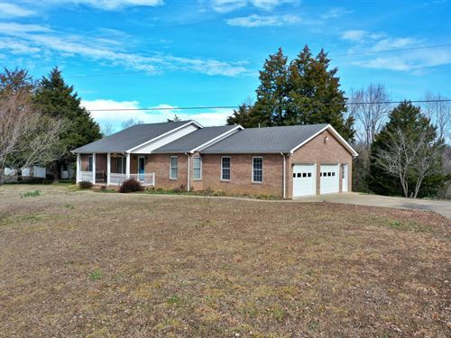 Country Home For Sale : Lobelville : Perry County : Tennessee