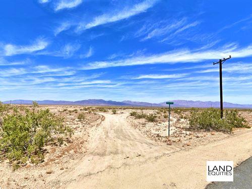 Power & Concrete Pad Near Blm : Twentynine Palms : San Bernardino County : California