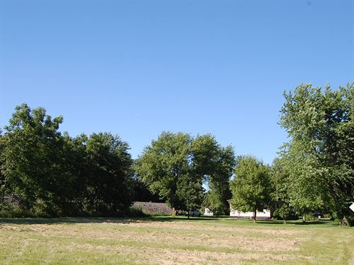 Spectacular Residential Property : Mendota : La Salle County : Illinois