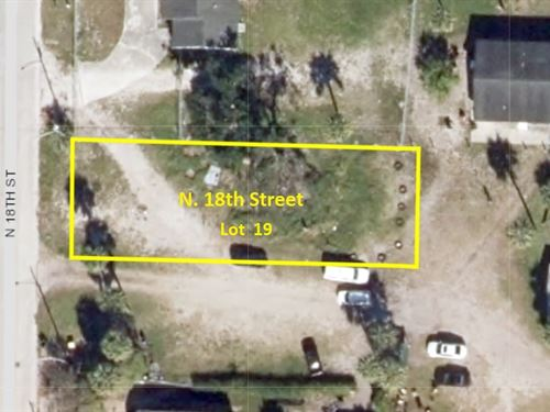 Ft Pierce Lot Awaits Your Vision : Fort Pierce : Saint Lucie County : Florida