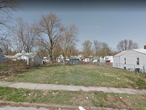 .12 Acre Lot in Decatur, IL : Decatur : Macon County : Illinois