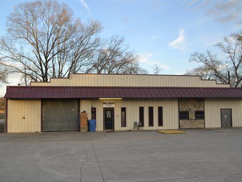 Commercial Building, Large Shop : Piedmont : Calhoun County : Alabama