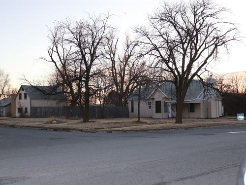 Home Near Lake Coldwater For Sale : Coldwater : Comanche County : Kansas