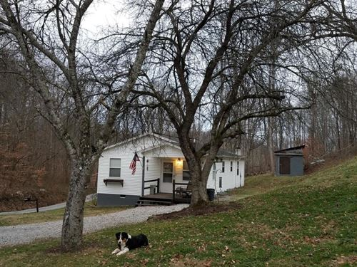 Sweet 10 Acre Mini Farm : Sneedville : Hancock County : Tennessee