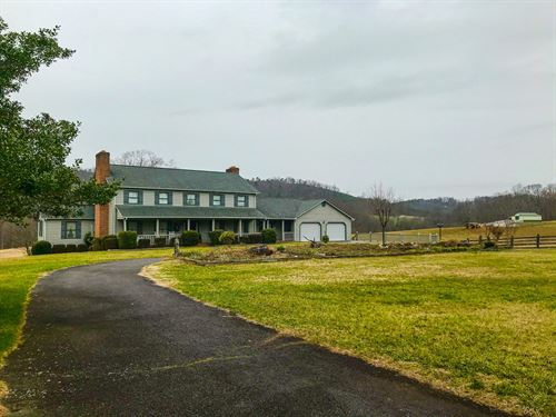 Large Country Home in Bassett VA : Bassett : Franklin County : Virginia