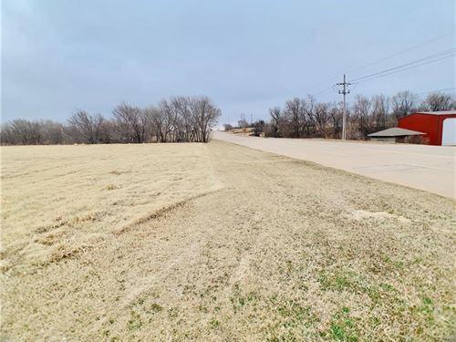 Commercial Land Located Elk City : Elk City : Beckham County : Oklahoma