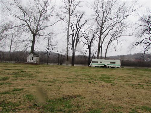 4.89 Acres Along Ohio River : Newport : Washington County : Ohio