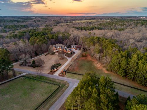 5 Acre Estate, Stunning Home : Bishop : Oconee County : Georgia