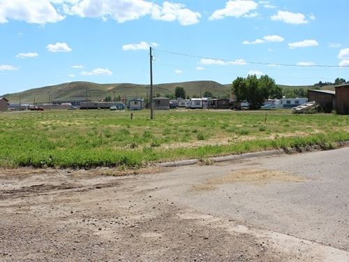 Building Lots/Shelby Mt/$15,000 : Shelby : Toole County : Montana