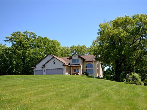 Country Home 1 Mile From Viroqua : Viroqua : Vernon County : Wisconsin