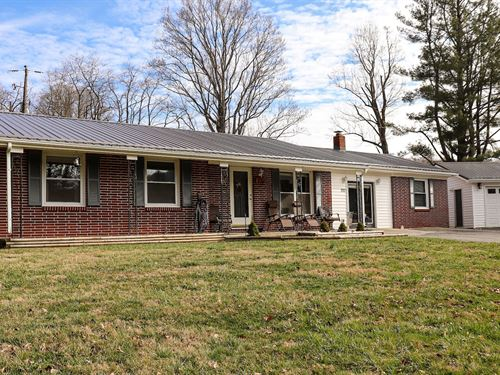 Beautiful One Level Country Home : Floyd : Virginia