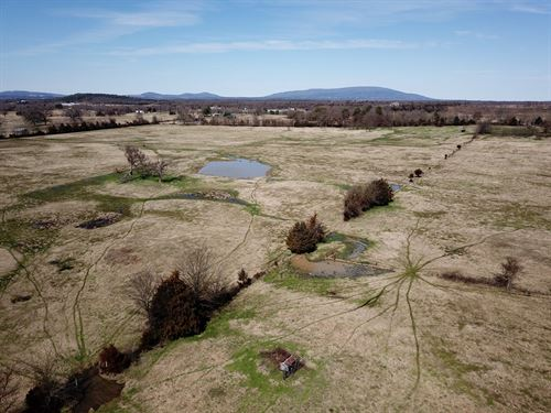 Hay Meadow And Home Site For Sale : Howe : Le Flore County : Oklahoma